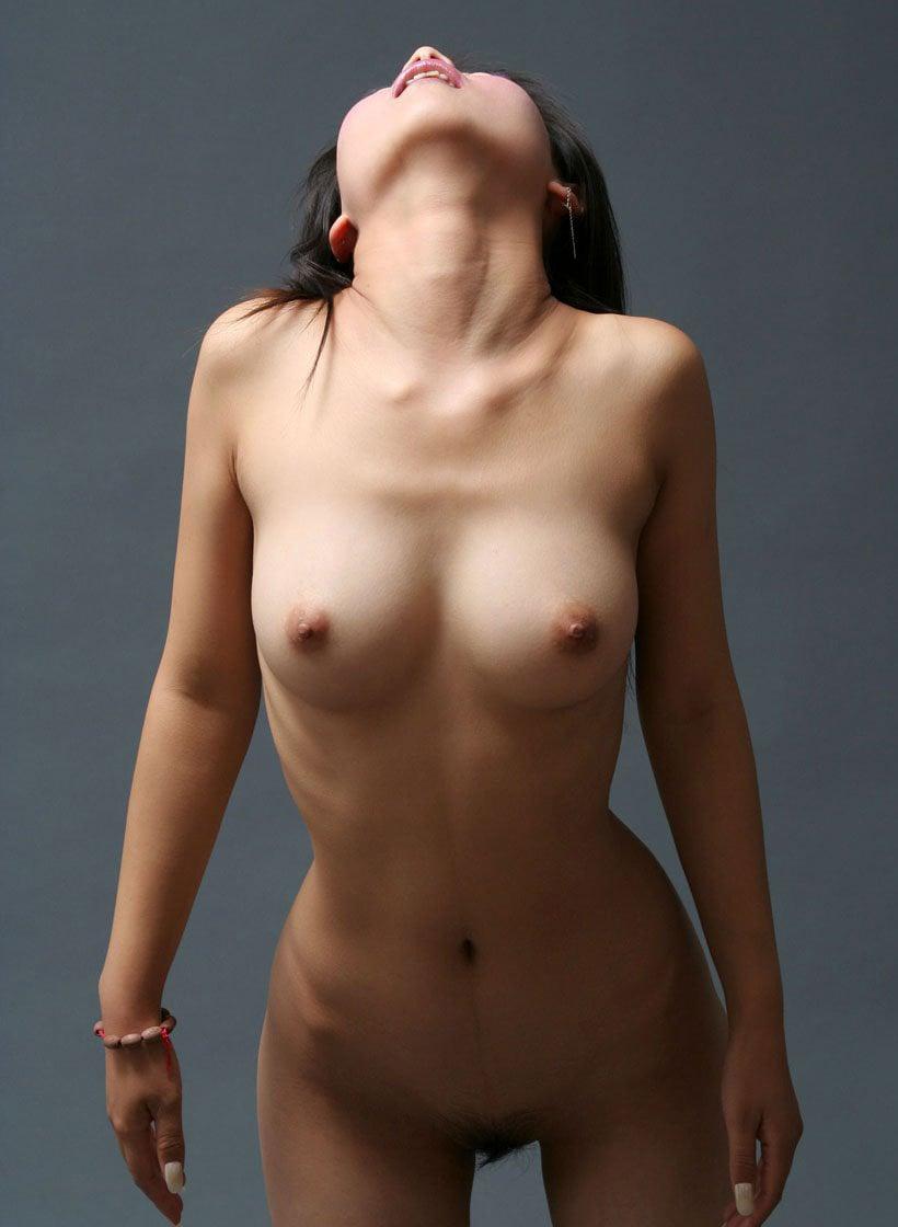 ヘアヌードを撮るべき女性