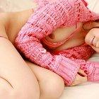 ピンクの服から胸